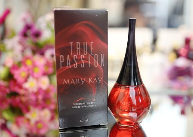 perfume-review-true-passio-mary-kay