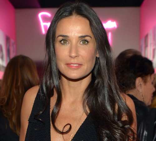 embedded_demi_moore_growing_up_poor