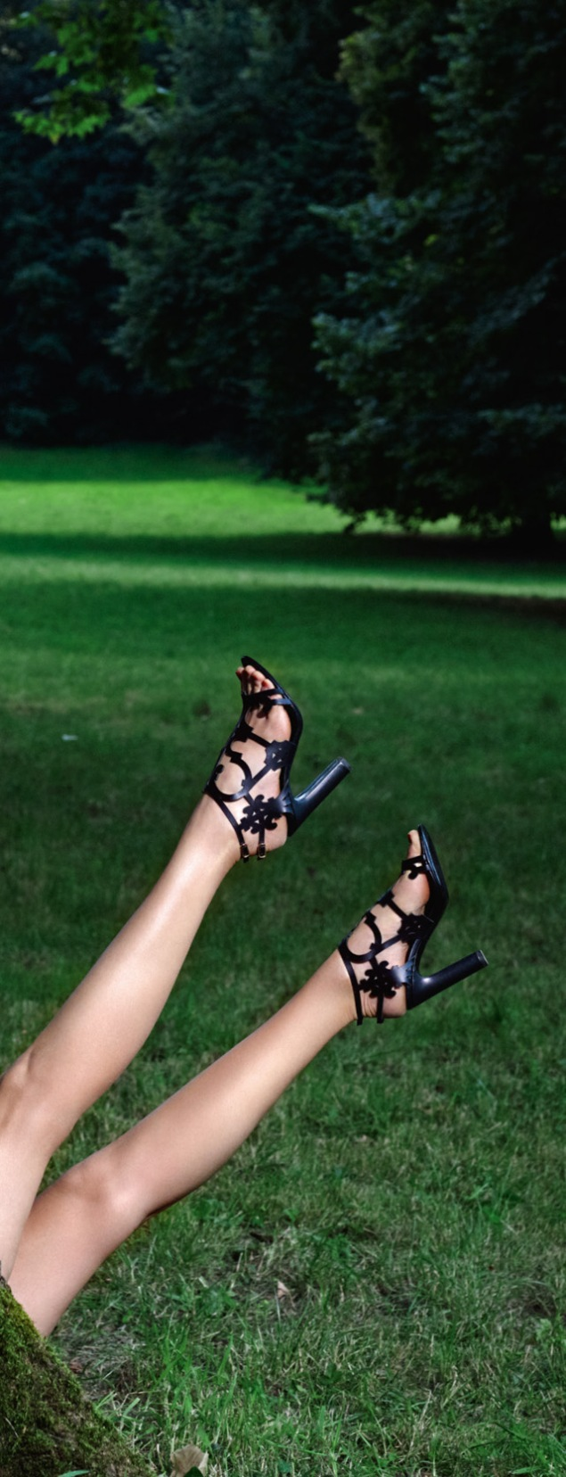CA3_Hermes_ss_2015_shoes_campaing-9