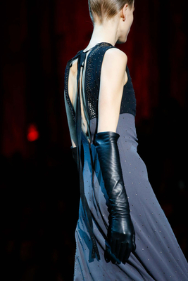 embedded_elbow_gloves_trend_fall_2015