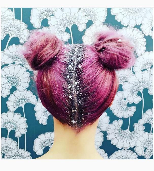 cabelo-colorido-com-glitter