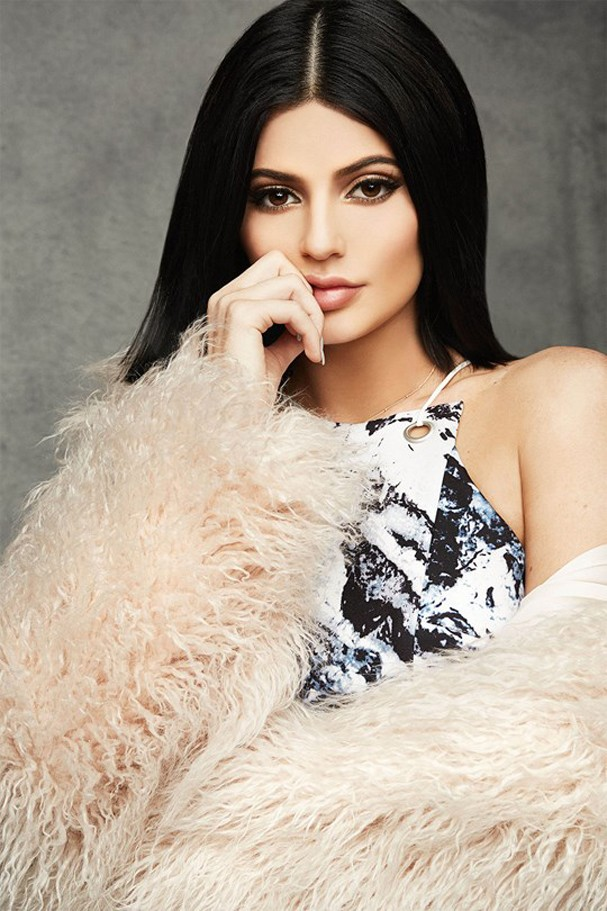 kendall-kylie-_glamour_17no